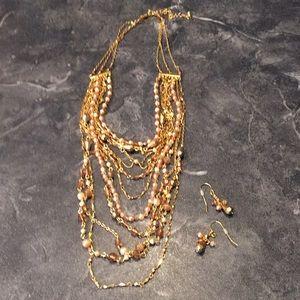 Avon Jewelry Set Necklace & Earrings